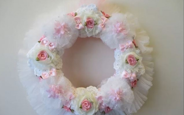 How to create a shabby chic garland