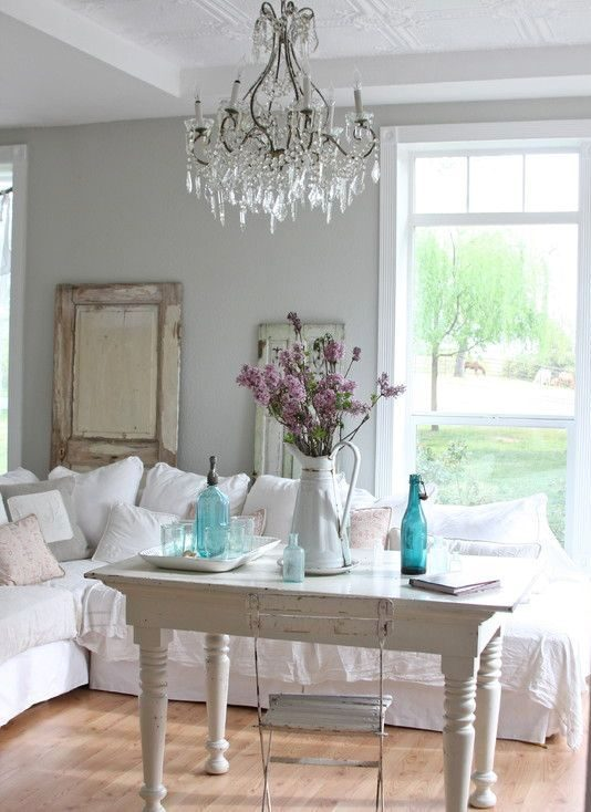 old-doors-and-shutters-are-perfect-objects-to-decorate-in-a-shabby-chic-living-room-3478706