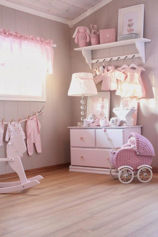 shabby-chic-girl-rooms-could-be-all-pink-1489419