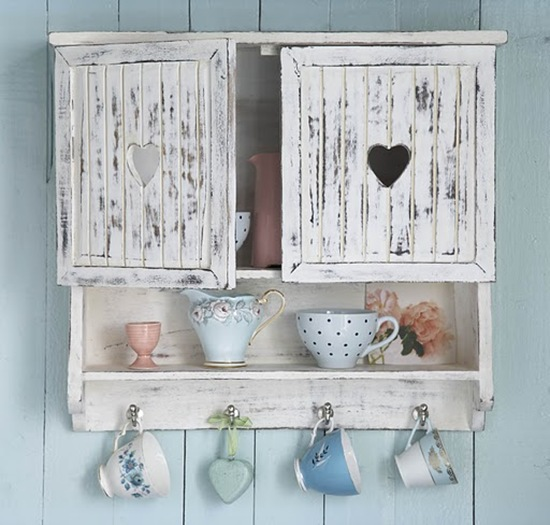 Cos 39 lo stile shabby chic una definizione for Vintage beach house designs